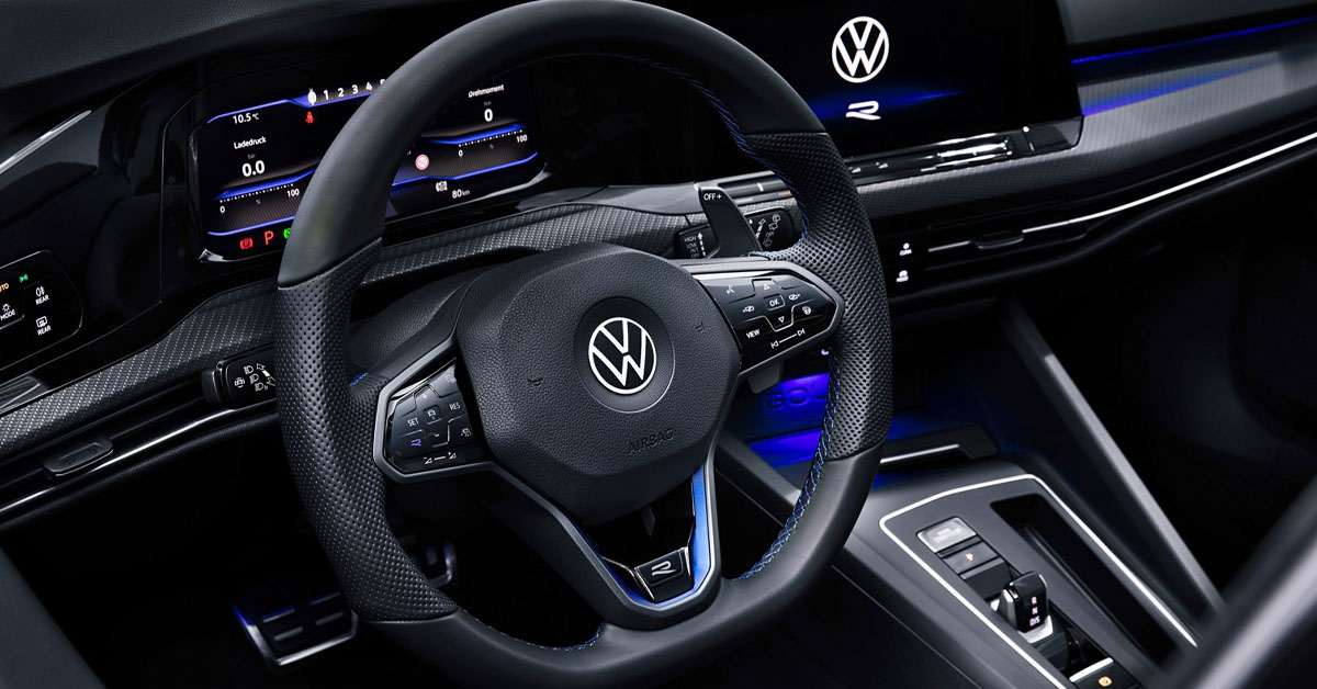 A picture of the interior of the 2021 Volkswagen Golf R Mk8