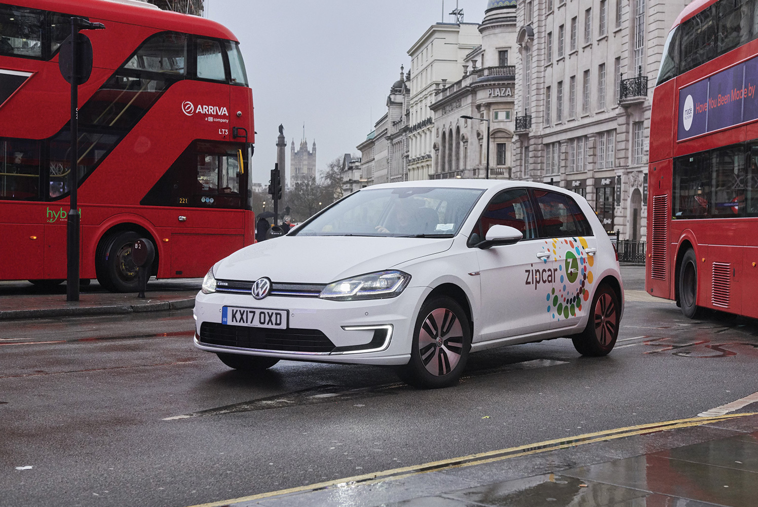 300 All-Electric VW e-Golfs Hit London's Streets